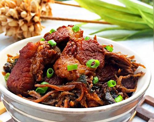 梅干菜烧肉 天气转凉吃点暖胃的!