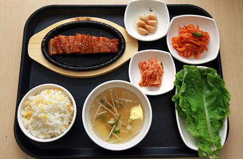 烤猪肉套餐,5000韩元/份